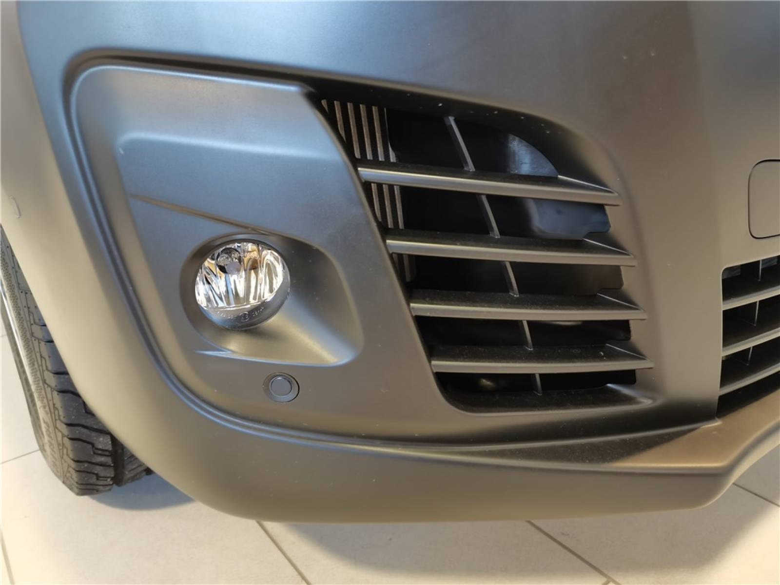 OPEL VIVARO CA FIXE L2 2.0 DIESEL 120 CH PTAC AUGMENTE - véhicule d'occasion - Groupe Guillet - Opel Magicauto - Chalon-sur-Saône - 71380 - Saint-Marcel - 23