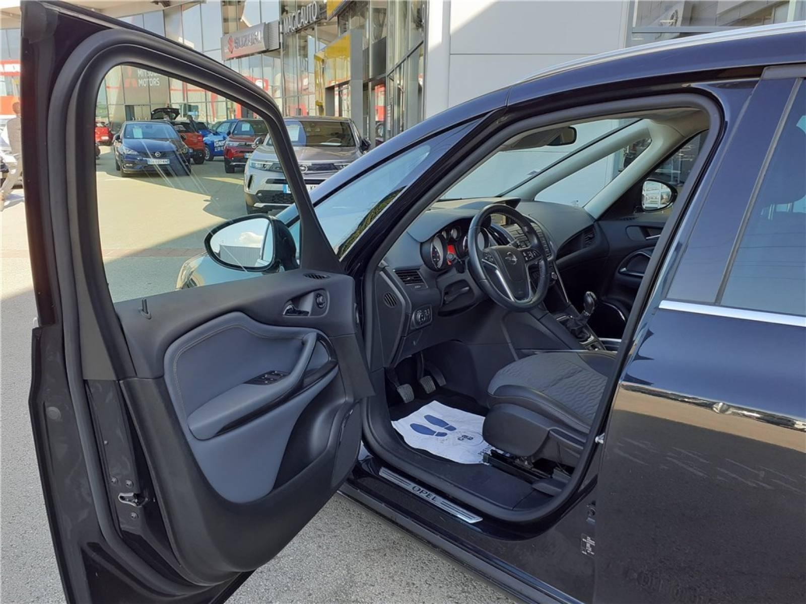 OPEL Zafira Tourer 1.4 Turbo 140 ch Start/Stop EcoFlex - véhicule d'occasion - Groupe Guillet - Opel Magicauto - Chalon-sur-Saône - 71380 - Saint-Marcel - 18