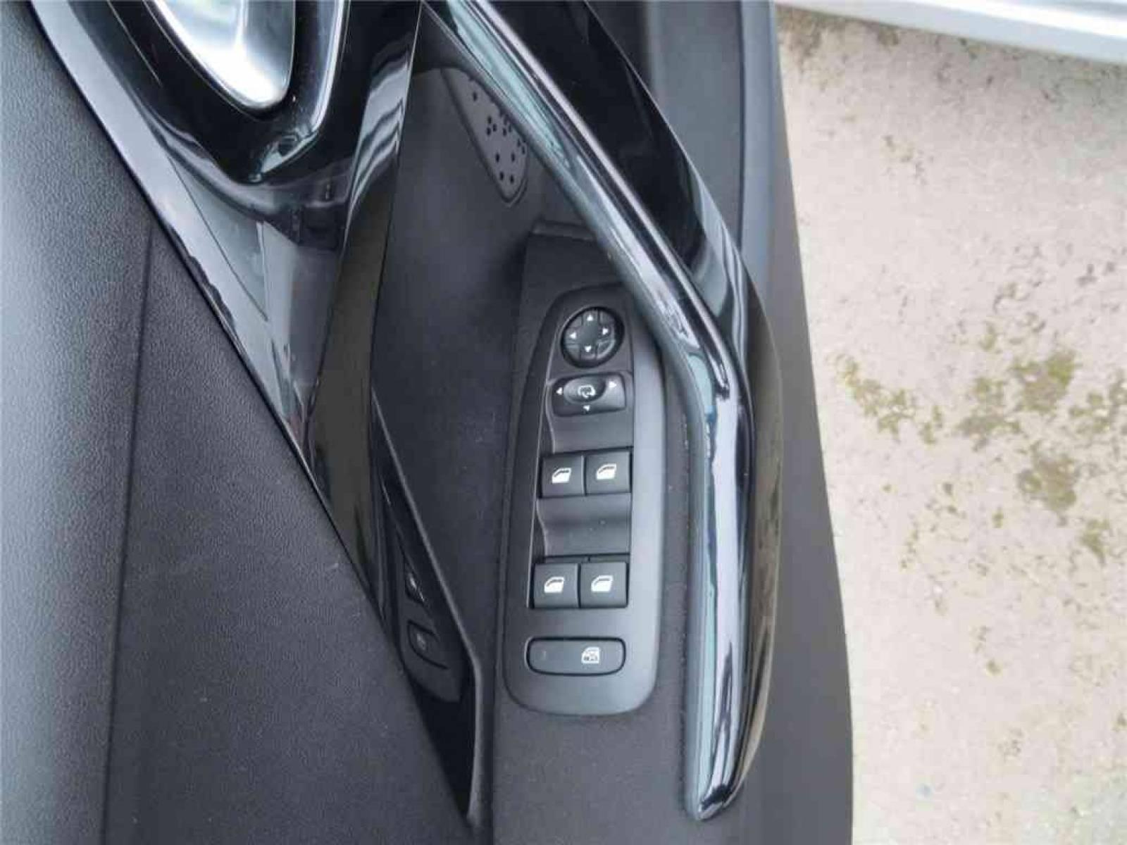 PEUGEOT 208 1.2 PureTech 82ch BVM5 - véhicule d'occasion - Groupe Guillet - Opel Magicauto - Chalon-sur-Saône - 71380 - Saint-Marcel - 11