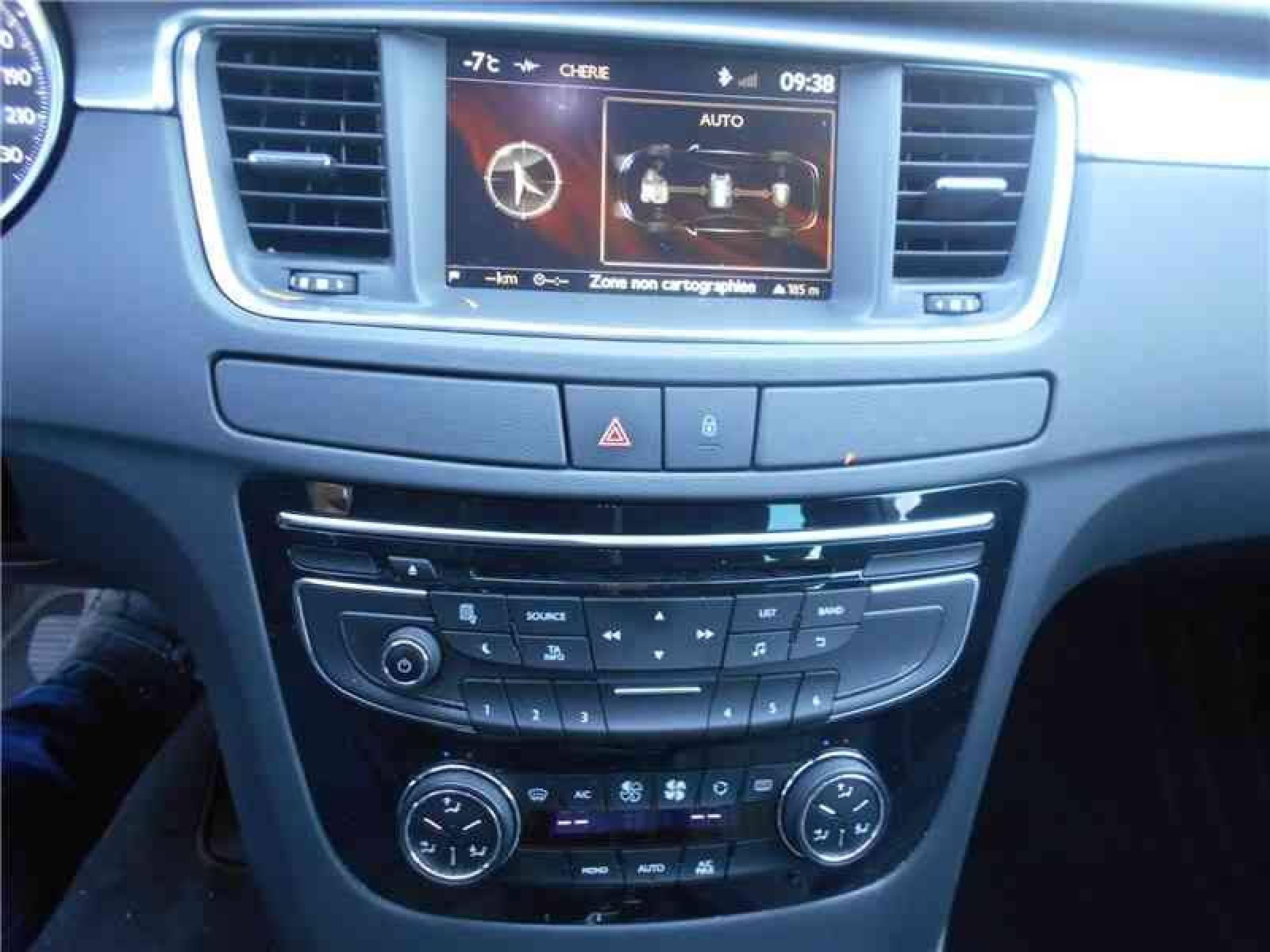 PEUGEOT 508 RXH 2.0 HDi 163ch ETG6 + Electric 37ch - véhicule d'occasion - Groupe Guillet - Chalon Automobiles - 71100 - Chalon-sur-Saône - 12