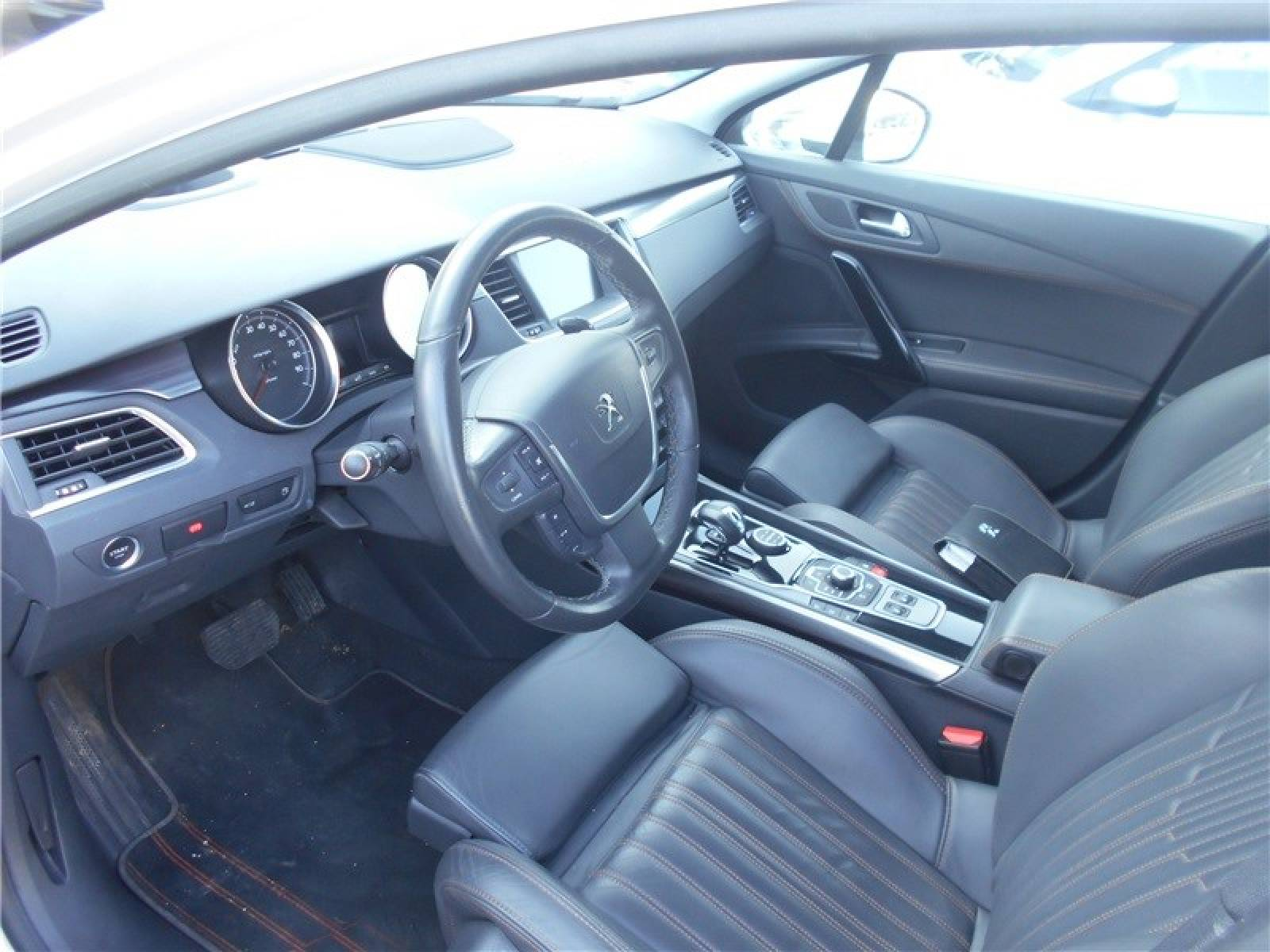 PEUGEOT 508 RXH 2.0 HDi 163ch ETG6 + Electric 37ch - véhicule d'occasion - Groupe Guillet - Chalon Automobiles - 71100 - Chalon-sur-Saône - 6