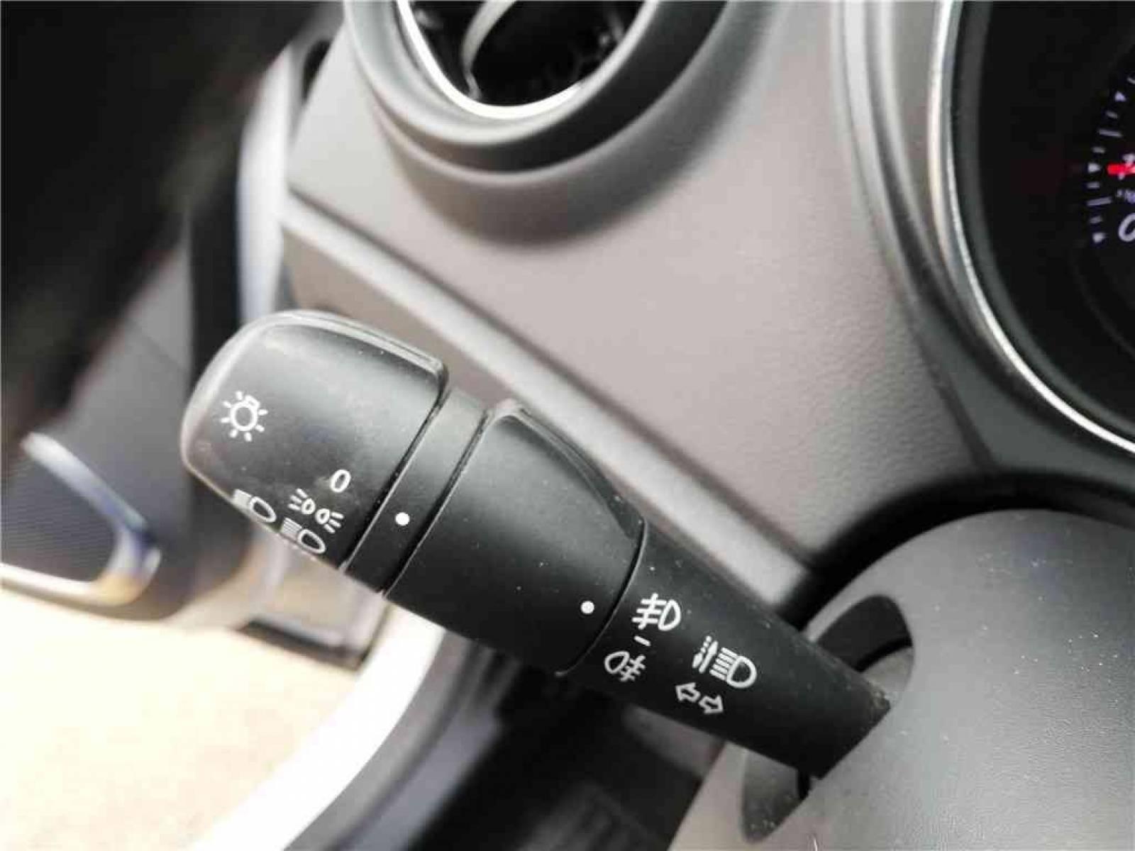 RENAULT Captur TCe 90 - véhicule d'occasion - Groupe Guillet - Opel Magicauto - Chalon-sur-Saône - 71380 - Saint-Marcel - 18