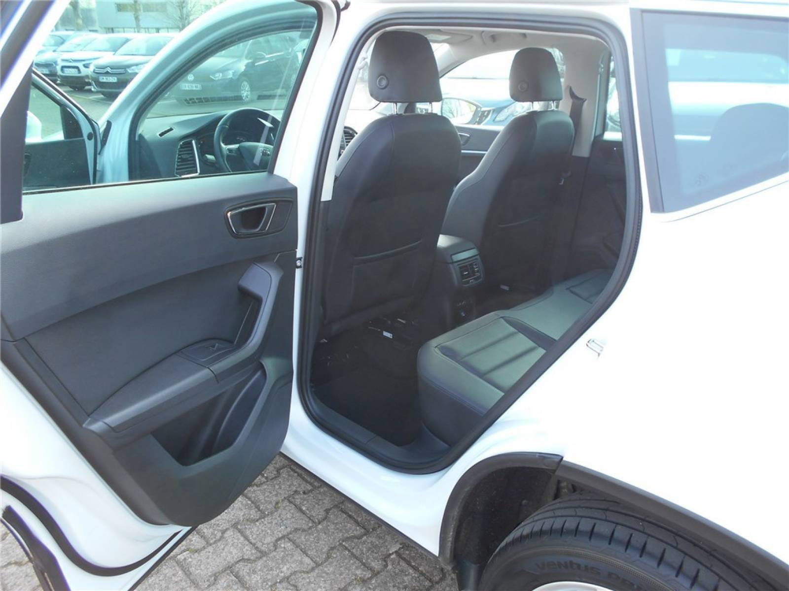 SEAT Ateca 1.6 TDI 115 ch Start/Stop Ecomotive DSG7 - véhicule d'occasion - Groupe Guillet - Chalon Automobiles - 71100 - Chalon-sur-Saône - 19