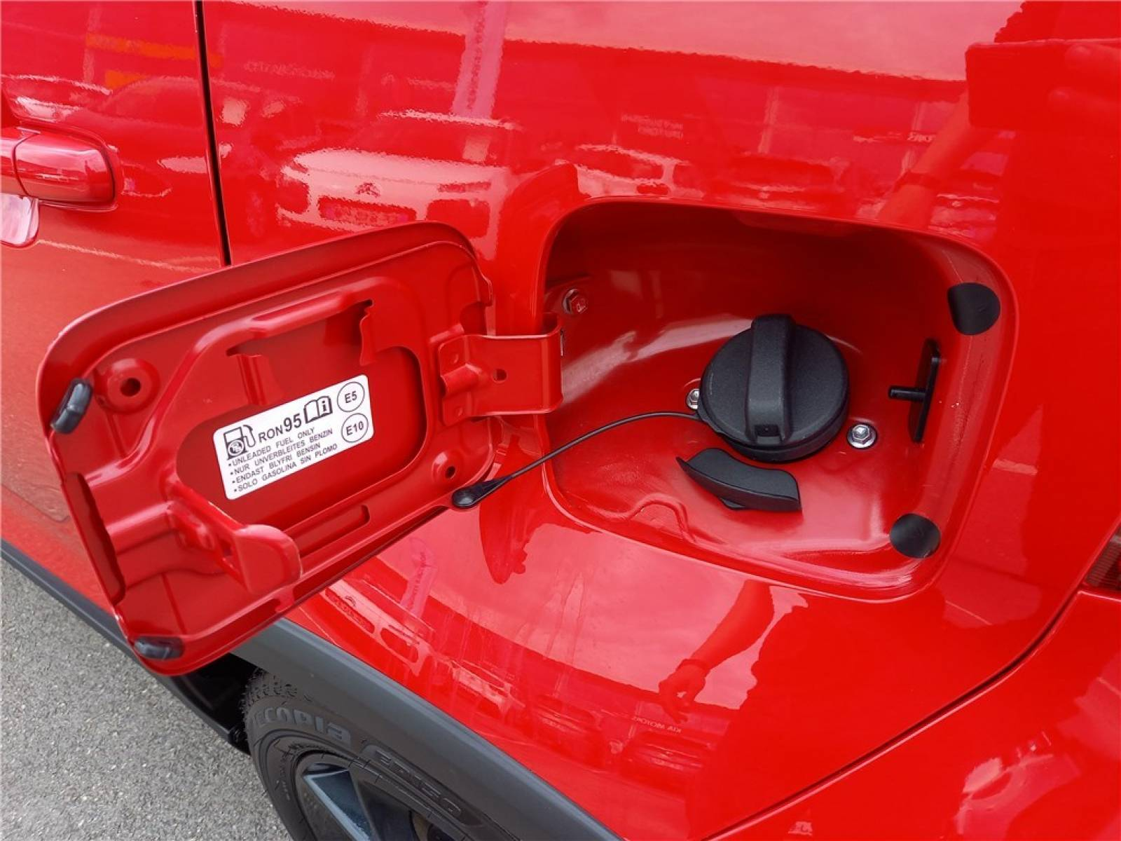 SUZUKI Ignis 1.2 Dualjet Auto (AGS) - véhicule d'occasion - Groupe Guillet - Opel Magicauto - Chalon-sur-Saône - 71380 - Saint-Marcel - 6