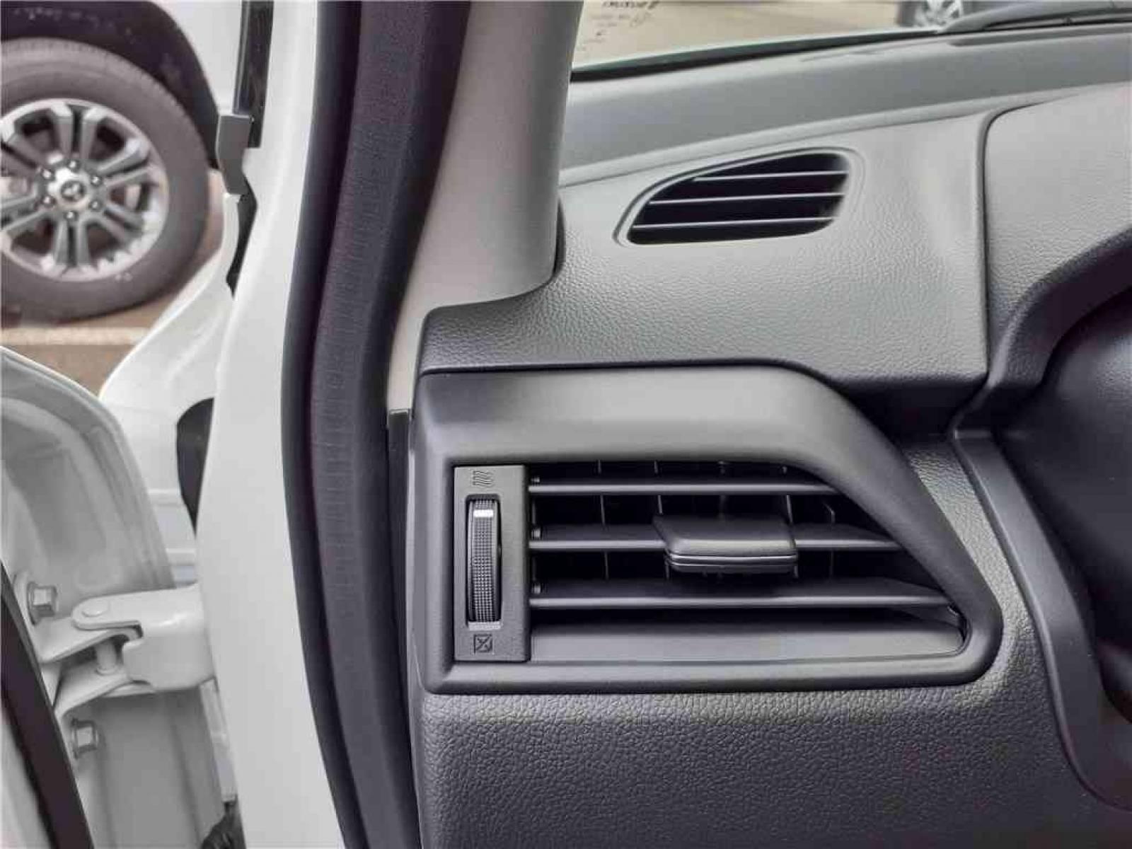 SUZUKI Swift 1.2 Dualjet Hybrid Auto (CVT) - véhicule d'occasion - Groupe Guillet - Hall de l'automobile - Chalon sur Saône - 71380 - Saint-Marcel - 19