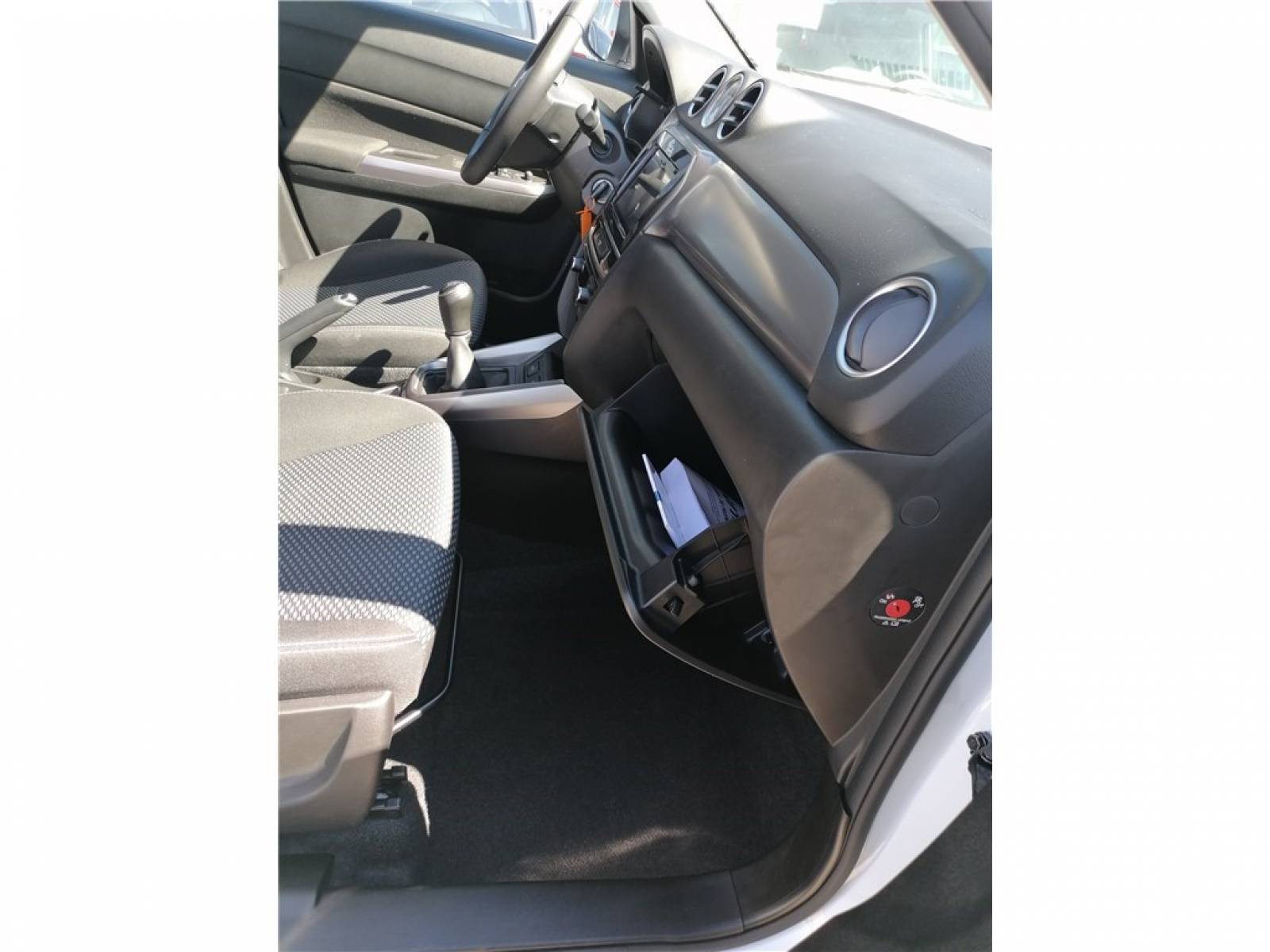 SUZUKI Vitara 1.0 Boosterjet - véhicule d'occasion - Groupe Guillet - Opel Magicauto - Chalon-sur-Saône - 71380 - Saint-Marcel - 42