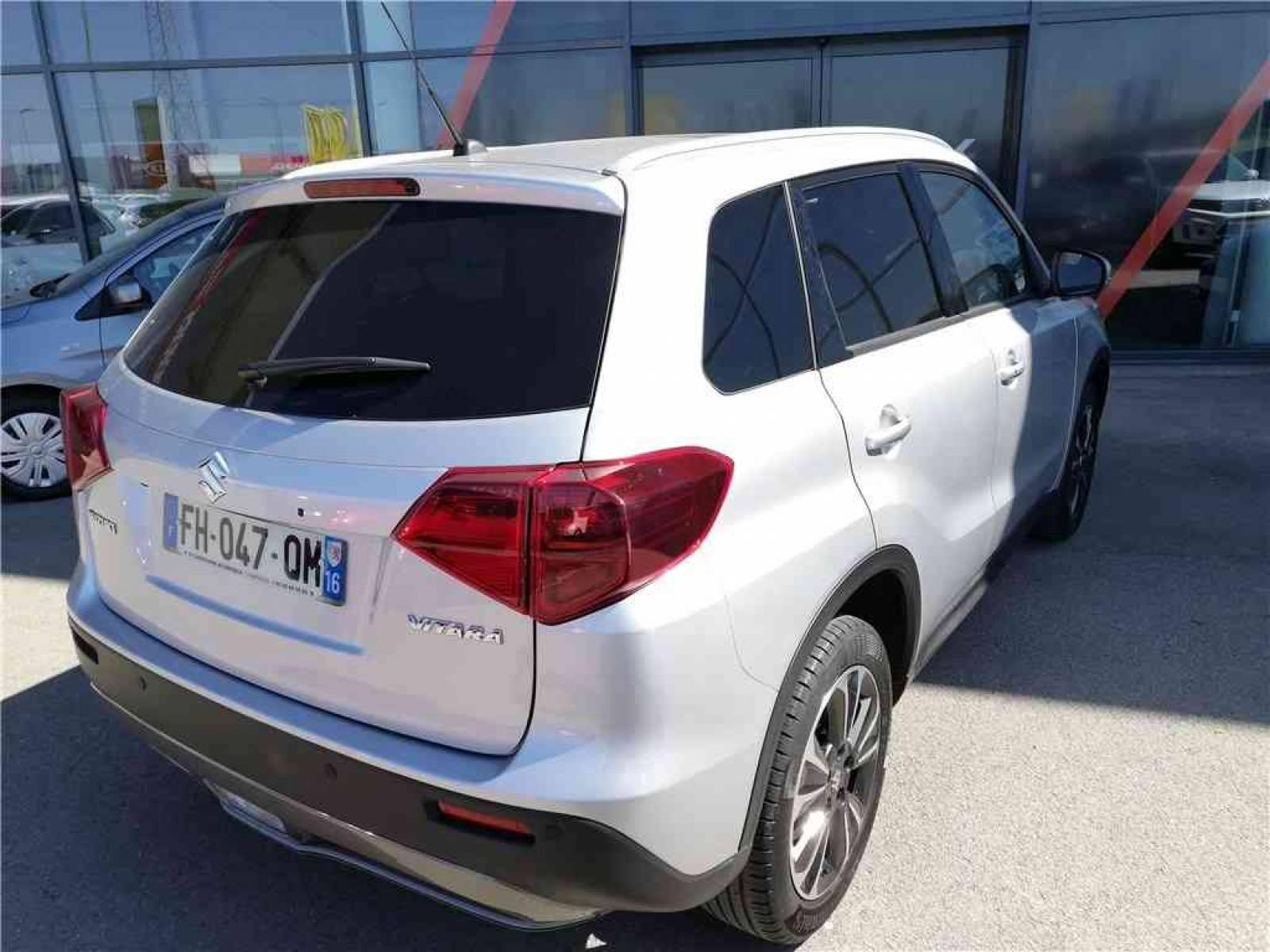 SUZUKI Vitara 1.0 Boosterjet - véhicule d'occasion - Groupe Guillet - Opel Magicauto - Chalon-sur-Saône - 71380 - Saint-Marcel - 33