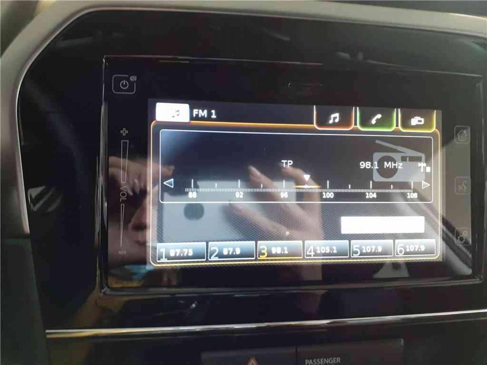 SUZUKI Vitara 1.4 Boosterjet Hybrid - véhicule d'occasion - Groupe Guillet - Hall de l'automobile - Chalon sur Saône - 71380 - Saint-Marcel - 49