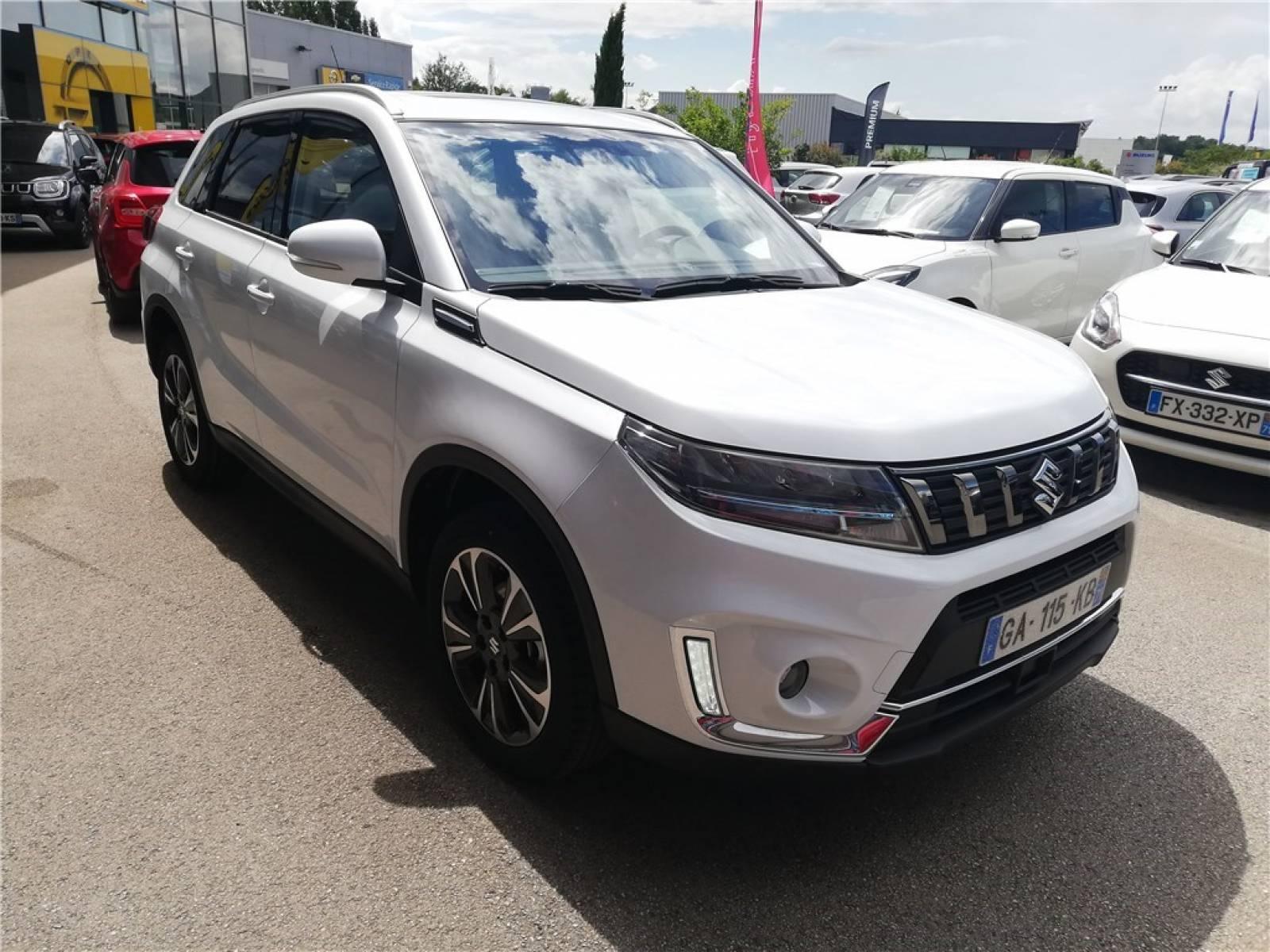 SUZUKI Vitara 1.4 Boosterjet Hybrid - véhicule d'occasion - Groupe Guillet - Hall de l'automobile - Chalon sur Saône - 71380 - Saint-Marcel - 44